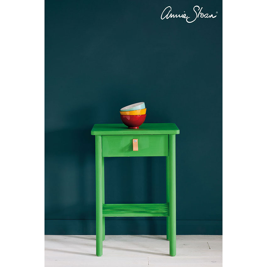 Antibes Green Chalk Paint kredna barva Annie Sloan Farbarela