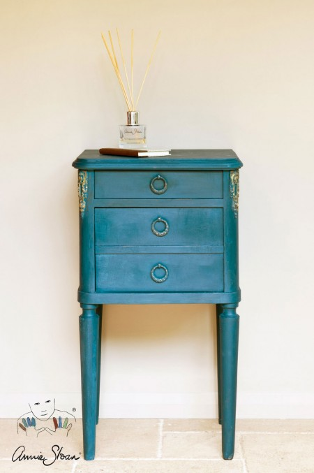 Aubusson_Blue_Annie_Sloan_Chalk_Paint_1
