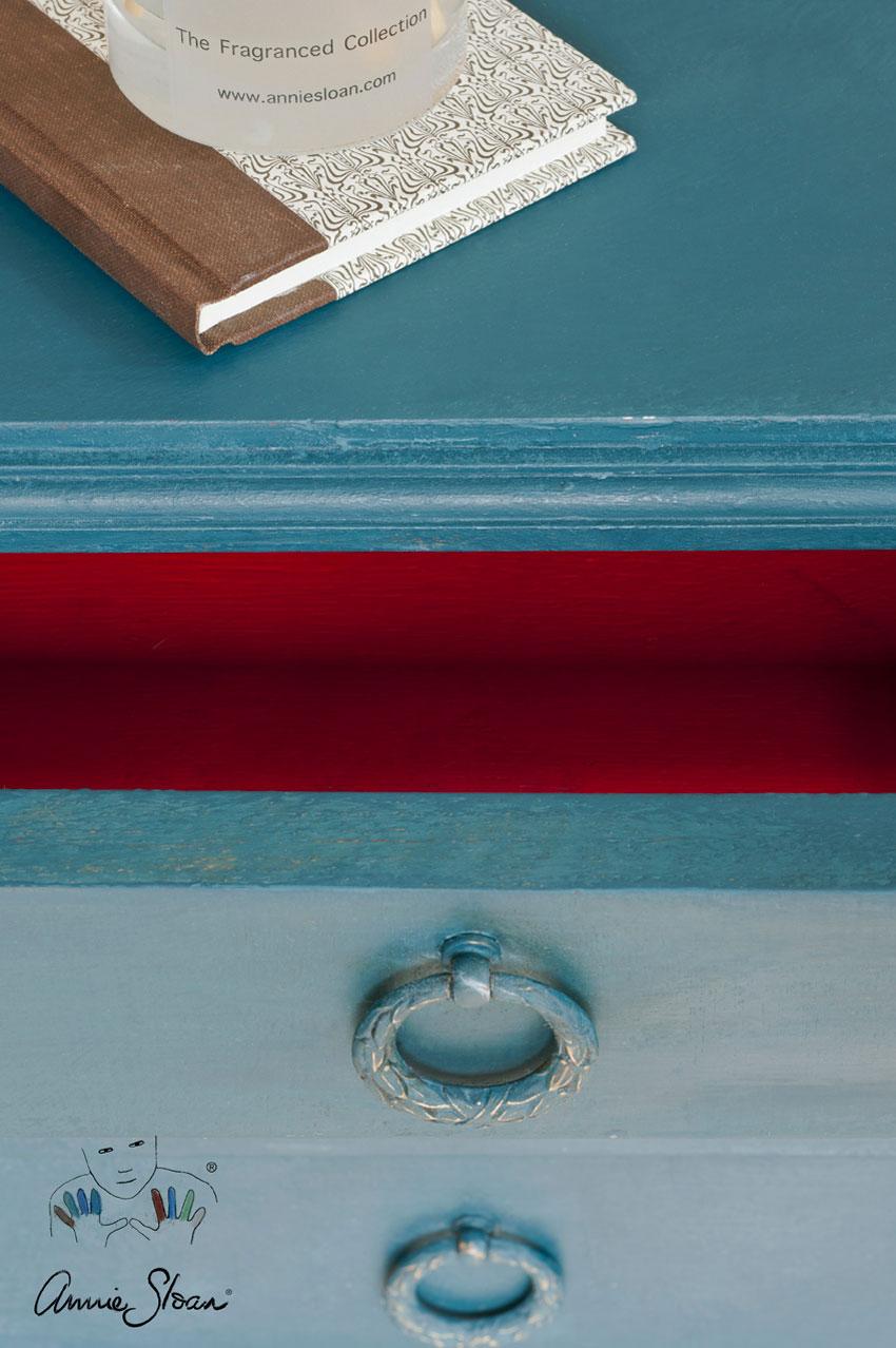 Aubusson_Blue_Annie_Sloan_Chalk_Paint_2