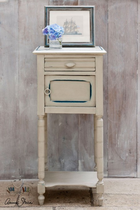 Country_Grey_Annie_Sloan_Chalk_Paint_1