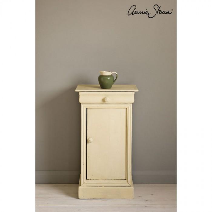 Cream Chalk Paint kredna barva Annie Sloan Farbarela