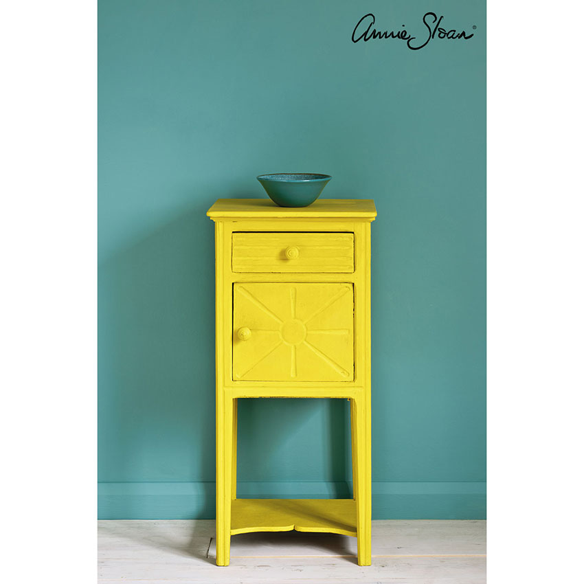 English Yellow Chalk Paint kredna barva Annie Sloan Farbarela