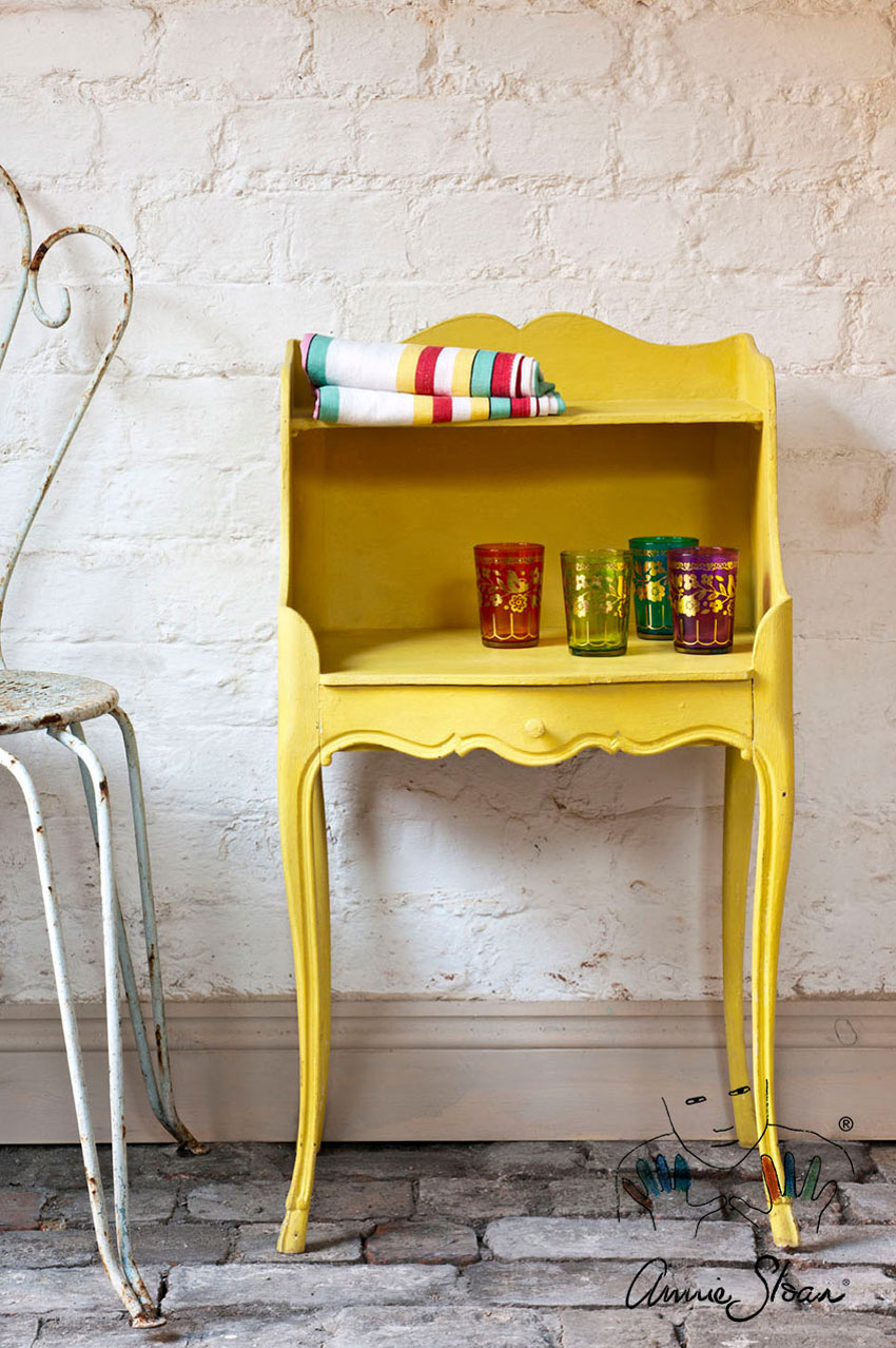 English_Yellow_Annie_Sloan_Chalk_Paint_1