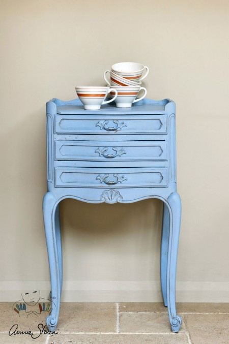 Louis_Blue_Annie_Sloan_Chalk_Paint_1