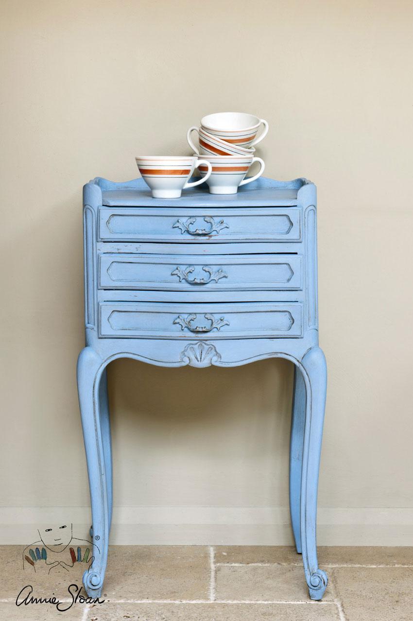 Louis_Blue_Annie_Sloan_Chalk_Paint_1