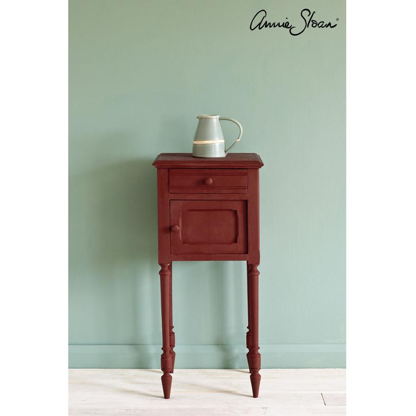 Primer Red Chalk Paint kredna barva Annie Sloan Farbarela