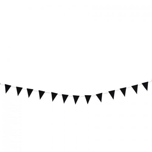 Girlanda s črnimi zastavicami