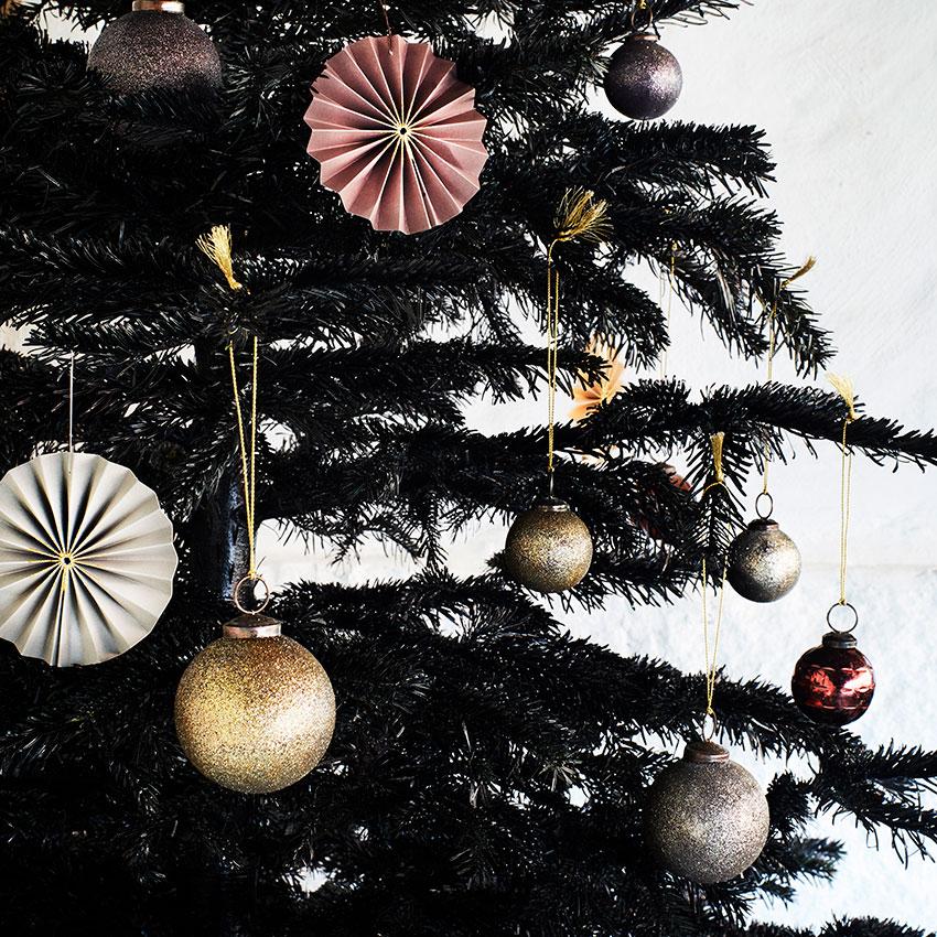 Set steklenih božičnih okraskov v treh barvah